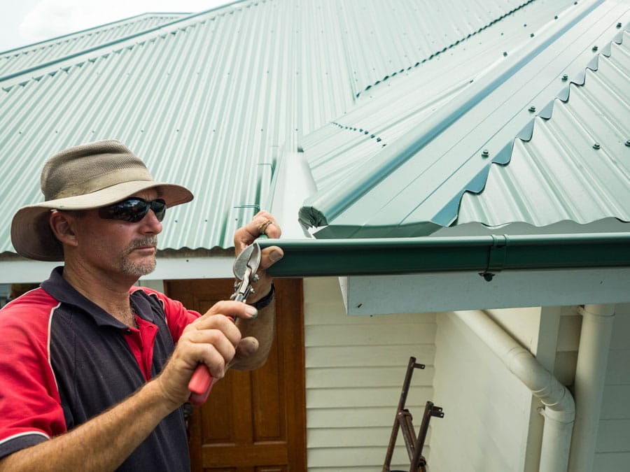 Brisbane northside gutter replacement install new colorbond steel or zincalume steel guttering