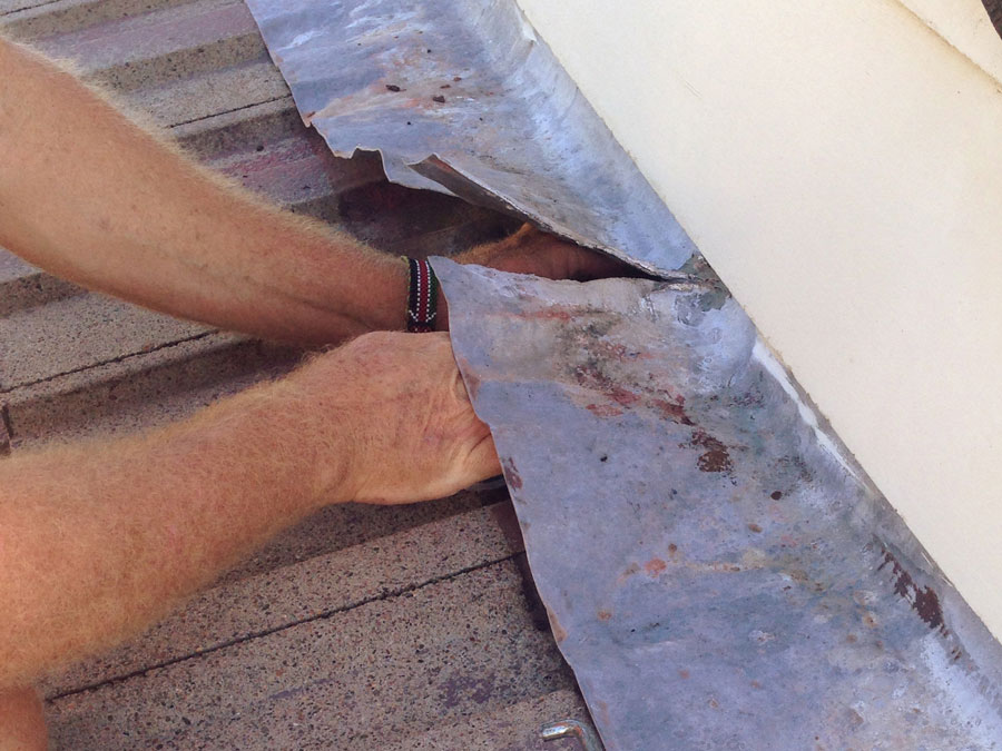 Brisbane South roof tiles repair valley flashings and clips replacement