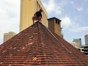 Sunshine Coast roof replacement assess roof and provide quote