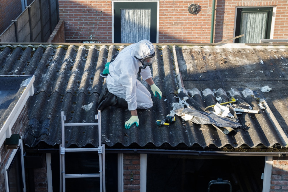 is asbestos roofing harmful